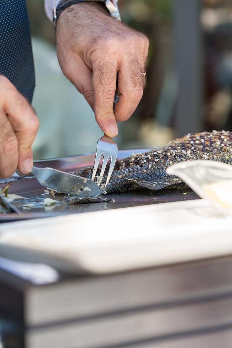 Découpe poisson du maître d'hôtel